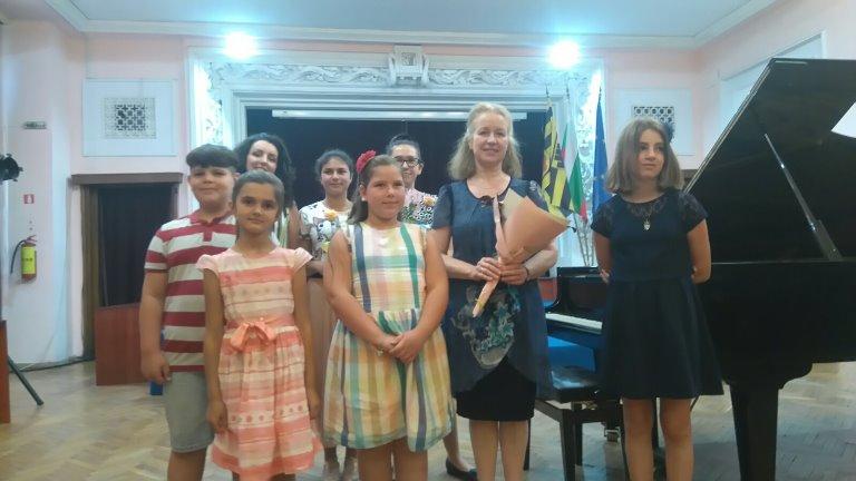 Годишен концерт на класа по пиано от ОШИ