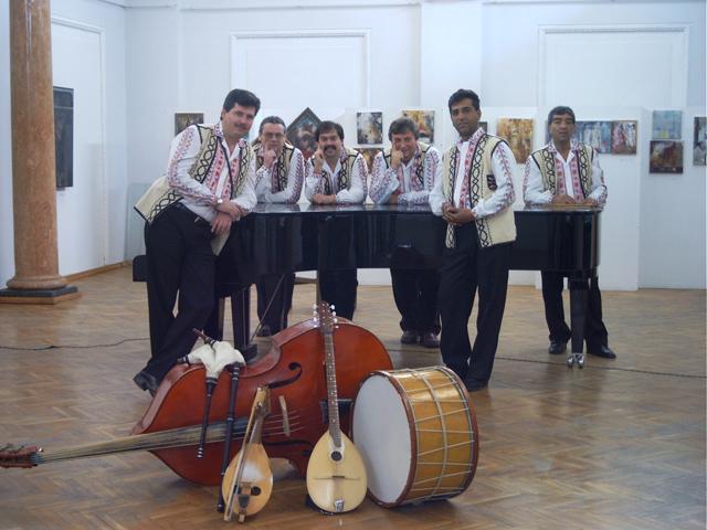 Народен оркестър